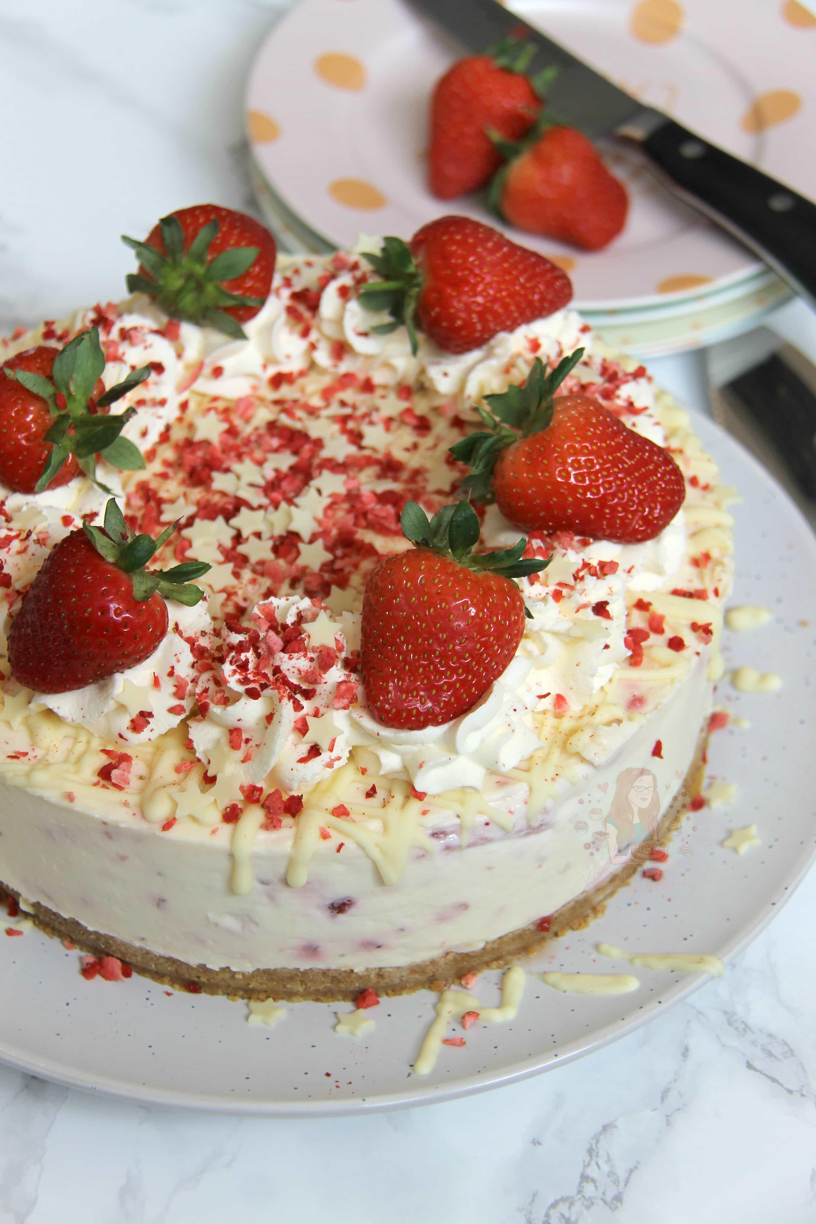 No Bake White Chocolate Strawberry Cheesecake Janes