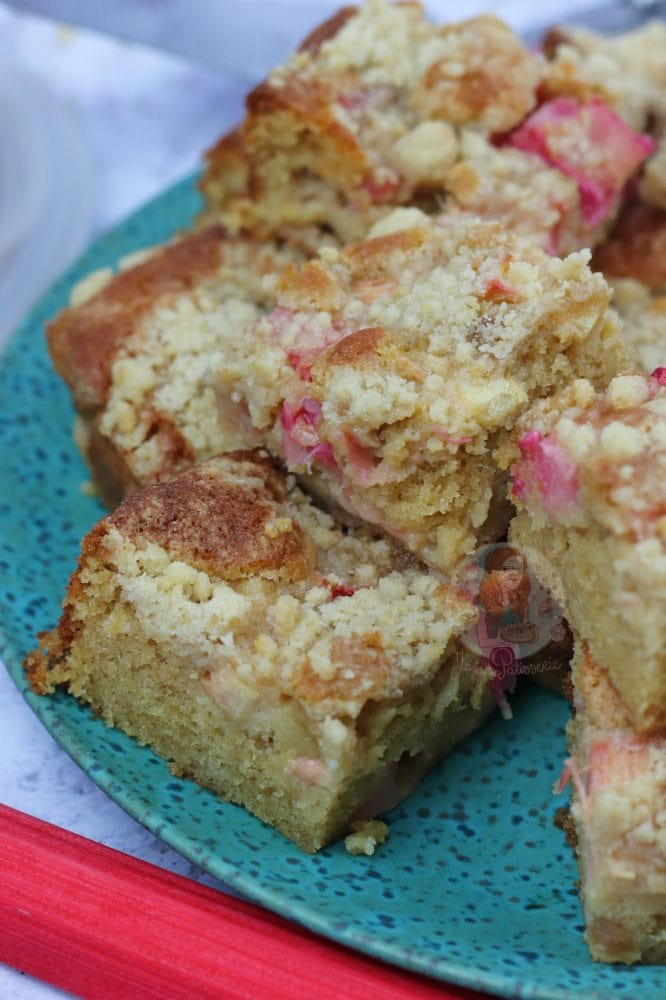 Simply Delicious Rhubarb Cake