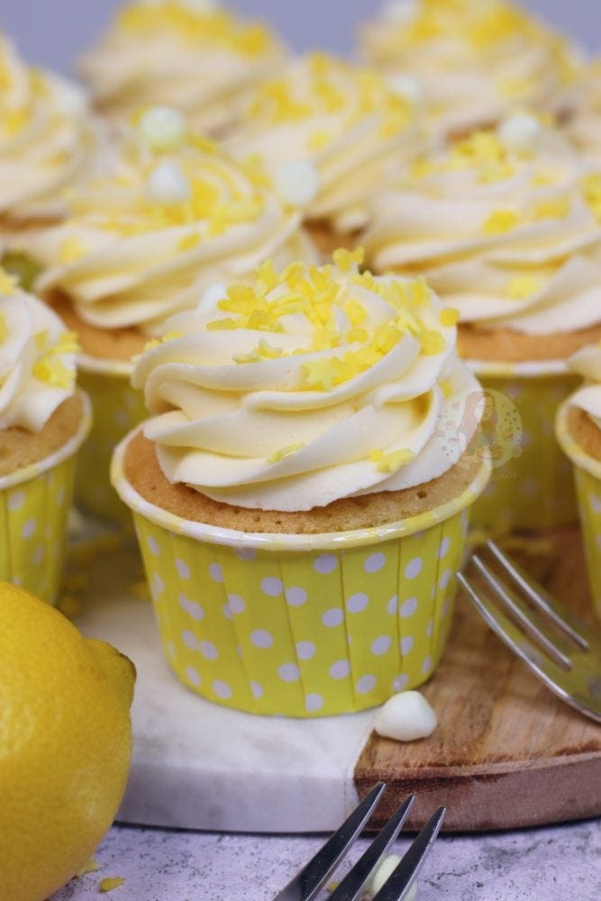 Lemon Drizzle Cupcakes! - Jane's Patisserie